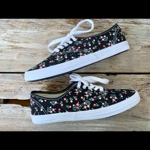 American Eagle black floral canvas sneakers NWOT
